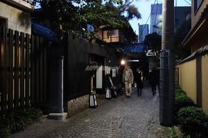 神楽坂の裏通り風景画像