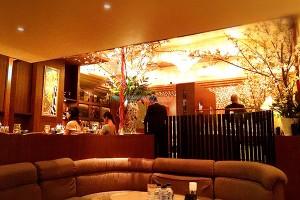 六本木クラブ求人!高級クラブ「エリゼ」店内画像「ろくモビ」