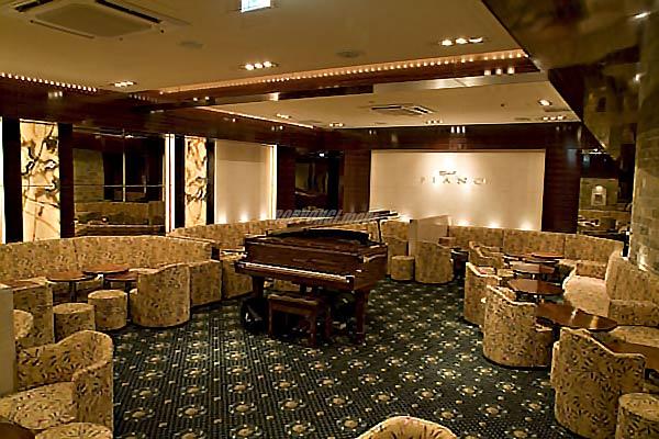 元祖嬢王の舞台!六本木高級クラブ ピアノ