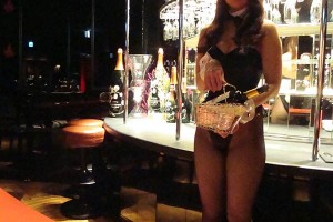 bunnygirl-roppongi-bar-bnoir-04
