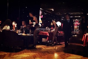bunnygirl-roppongi-bar-bnoir-07